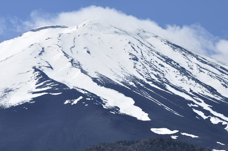 Clouds flowing snow Fuji