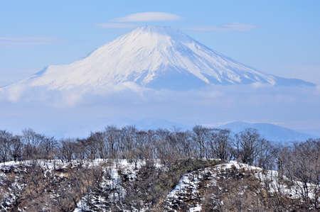 Mt. Fuji from Mt. Tonotake, Tanzawachi in winter 스톡 콘텐츠