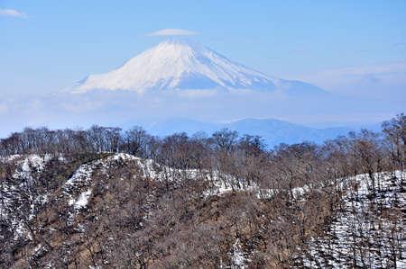 Mt. Fuji from Mt. Tonotake, Tanzawachi in winter