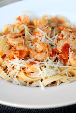 marinara: Spaghetti Marinara serving with shrimps