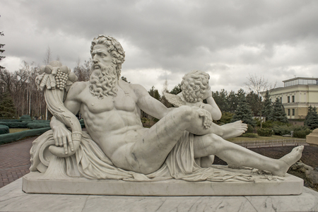 naked statue: Marble sculpture of Zeus and Cupid, culture of Europe