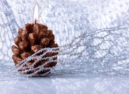 conflagrant: Christmas holiday decoration with festive conflagrant candle