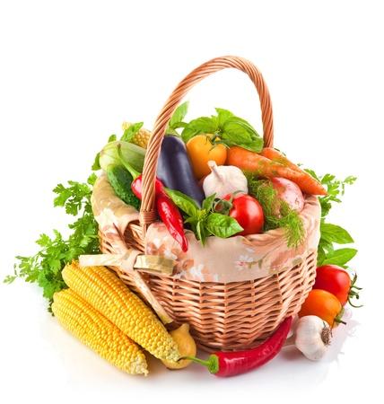 verse groente met bladeren geïsoleerd op een witte achtergrond