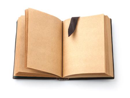 marca libros: Viejo libro abierto untado con página en blanco y marcar cuero, aislado sobre fondo blanco Foto de archivo