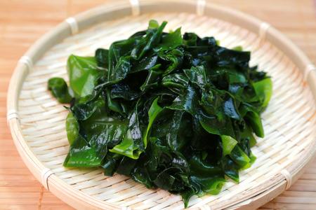 Wakame seaweed / Japanese food Standard-Bild