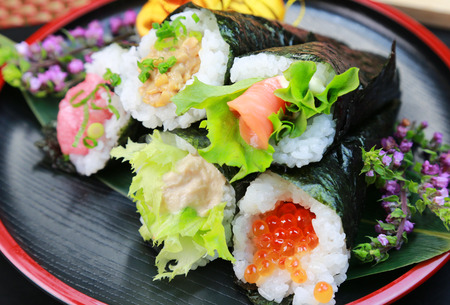 Hand rolled temaki sushi / Japanese food Archivio Fotografico