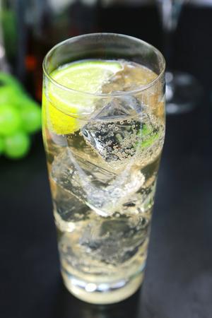 gin: Gin buck  Cocktail