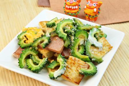 炒苦瓜:日本料理