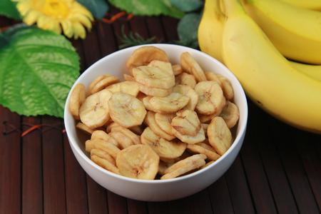 バナナチップ