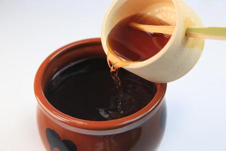 Schwarzer Essig