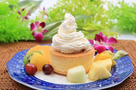 Fresh cream is a heaping bowful of Hawaiian pancake. Whip cream is a lot.