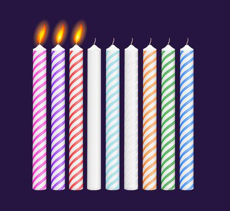 candela: Set di compleanno multicolore candele. Nuove, bruciando candele. Illustrazione vettoriale. EPS 10 Vettoriali