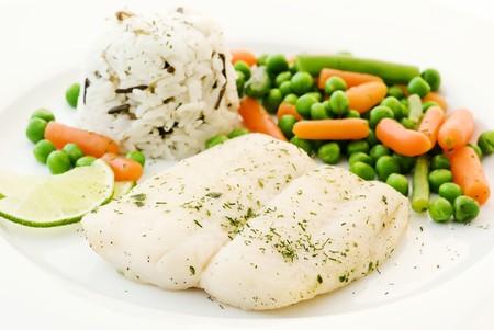 bagre: Siluro con vegetales y arroz  Foto de archivo