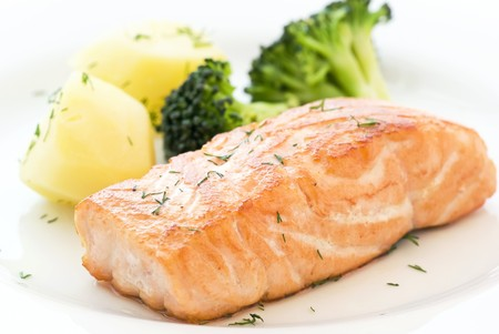Salmon with Broccoli Stock Photo - 7650253