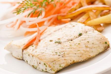 barramundi: Barramundi Filet with Chips