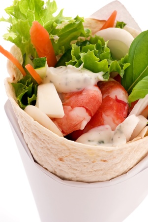 bap: wrap with shrimps and vegetable