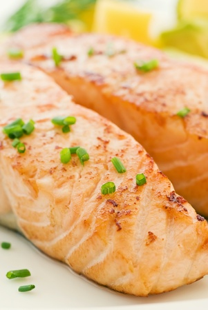 grilled salmon: Salmon with Fruits