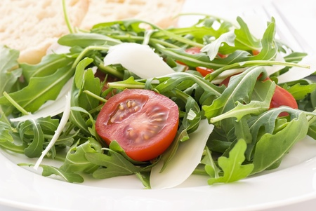 cohetes: Ensalada de r�cula con tomate y Pecorino