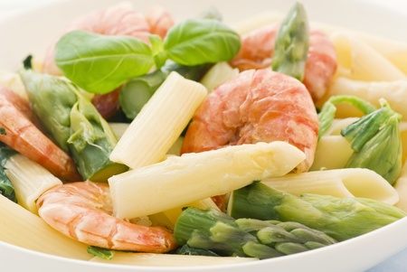 Rigatoni with Shrimps and Asparagus photo