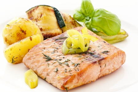 Salmon Steak with Potatoes Stock Photo - 9539664