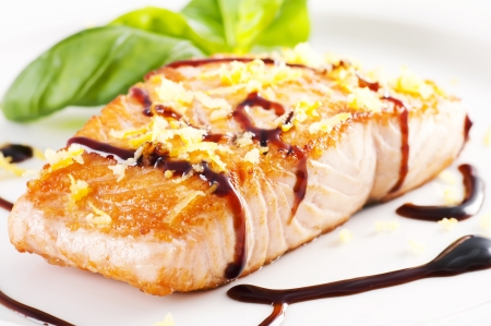 Grilled salmon photo