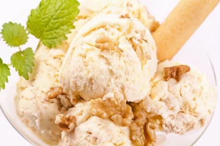 potation: Walnut ice cream