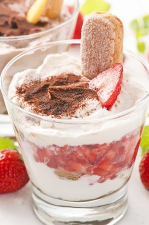 Strawberry tiramisu Stock Photo - 10048064