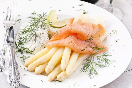 white asparagus with salmon Stock Photo - 10048068