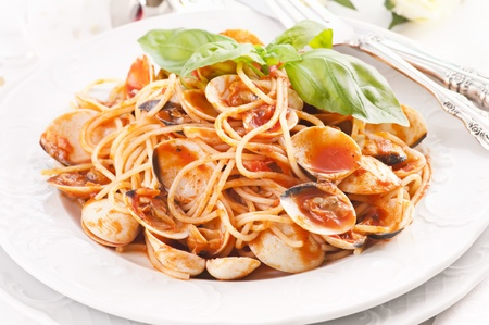 Spaghetti fromgole with tomato sauce