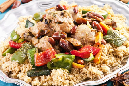 couscous: couscous marocain with chicken and vegetable