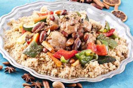 couscous marocain with chicken  photo
