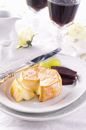 abbaye: Soft cheese with washed rind