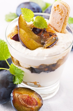 mascarpone: Plum dessert with mascarpone Stock Photo