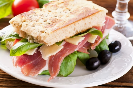 prosciutto: Sandwich with ham and parmesan