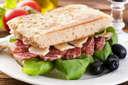 air dried salami: Sandwich with salami