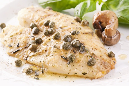wine sauce: Fish piccata with capers