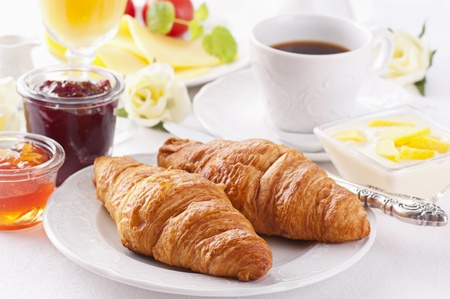 coffee jelly: Breakfast with croissant and coffee