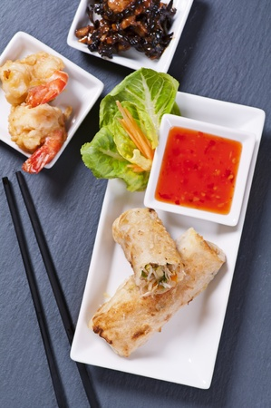 bing: spring rolls with tempura and sauce