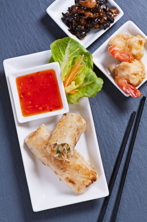 goi: spring rolls with tempura and sweet-sour sauce