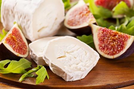 queso de cabra: Queso de cabra con r�cula y los higos