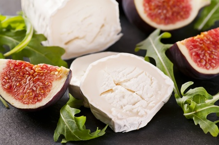 diat product: Goat cheese with rucola and fig Stock Photo