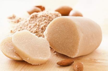 MArzipan bread with almonds