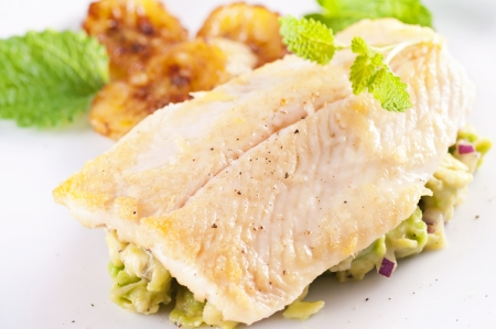 grilled fish: Fish fillet with avocado tatar