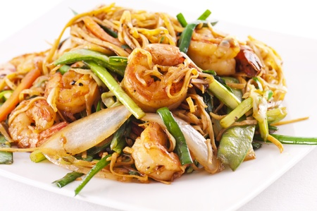 mee pok: chinese stir fried noodles