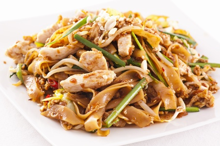 Pad Thai with chicken Stock Photo - 12958554