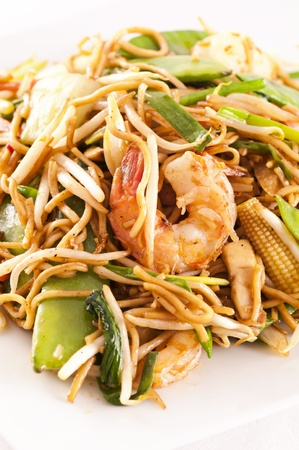 mee pok: Stir-fried noodles with prawns