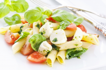 caprese: Pasta Caprese Salad