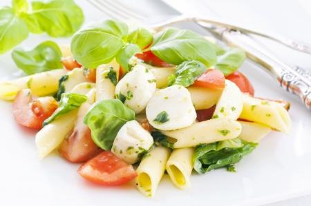 caprese salad: Pasta Caprese Salad