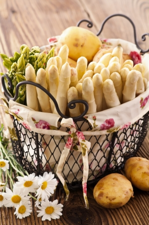 asparagus in basket Stock Photo - 14451071