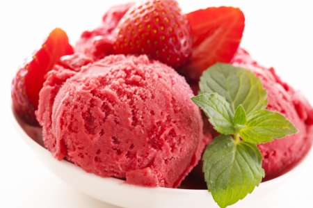 potation: strawberry sorbet with fresh peppermint